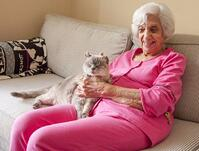 assisted_living_resident_houston_tx_with_her_pet