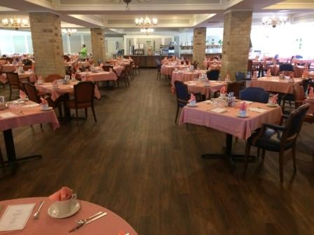 Treemont_dining_room_redecorated_assisted_living_Houston_community.jpg