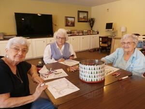 activities_for_seniors_houston_assisted_living_color_me_calm