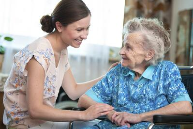 nurse with senior resident_assisted_living_houston