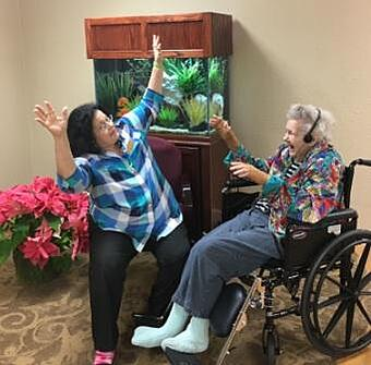 nursing home houston music and memory_Isabelle_Nancy1_0192_cropped_web.jpg